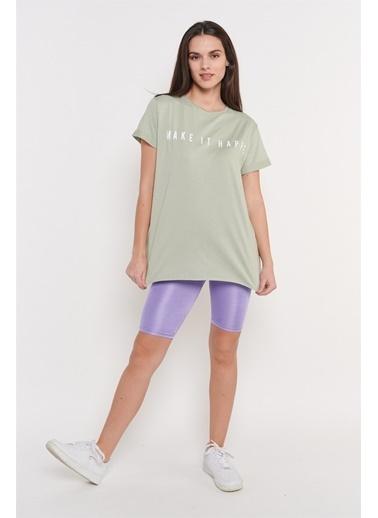 Levure Önü Baskılı Yanları Yırtmaçlı T-Shirt Yeşil